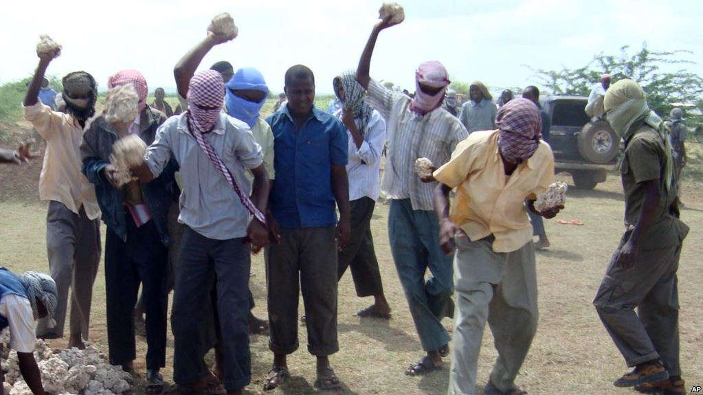 Photo of Adulterous Somali Man Stoned to Death
