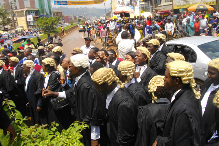 Photo of Meme Lawyers Reject VPs 'Call Over' , Vow To Continue Strike