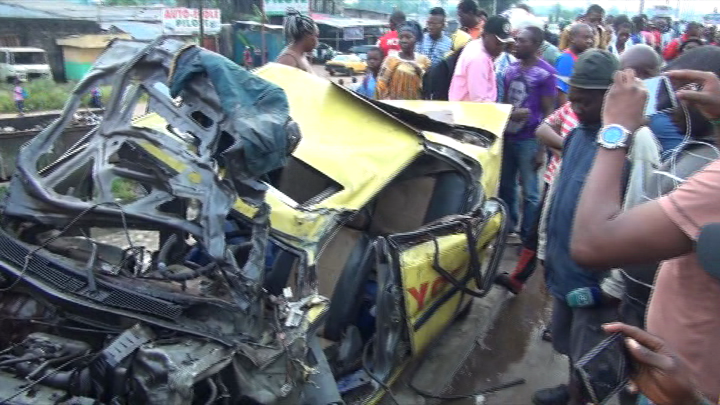 Photo of Douala: Two Die, Three Injured In Road Accident