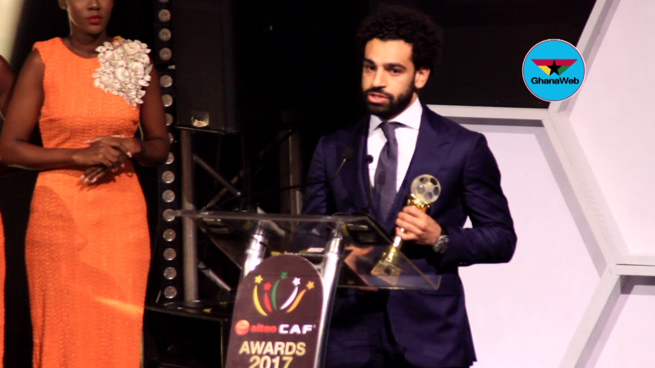Photo of Mohammed Salah Takes Over From Ryad Mahreez, As The Egyptian Wins The 2017 African Footballer Of The Year