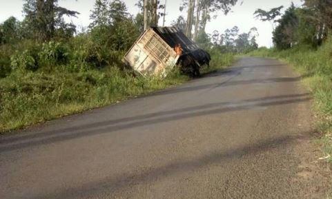 Photo of CNA Pictures : Brewery Truck Burnt In Ngyen-Mbo, Houses Set Ablaze In Banga Bakundu