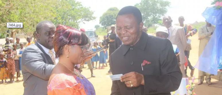 Photo of ELECTIONS CAMEROON: Biya Sacks Babale After Board's Recommendation