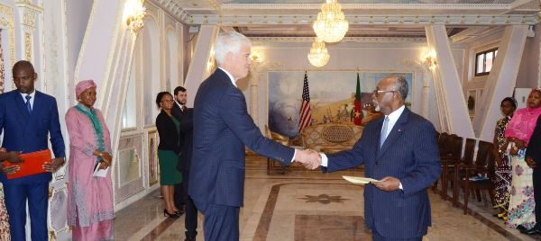 """Photo of CNA Politics: Cameroon Summons US Ambassador After His """"Naked"""" Truth On Military Excesses"""