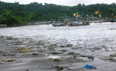 Litter Down beach Limbe