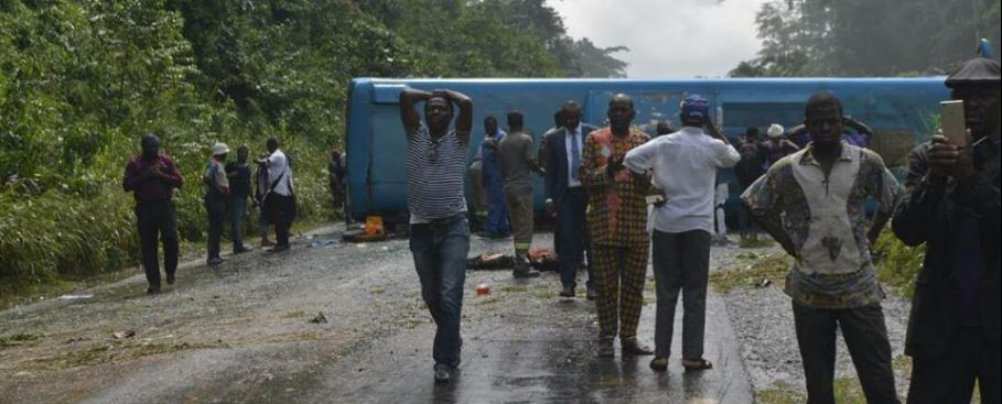 Photo of CNA Pictures: 10 Persons Feared Dead In Mbankomo Road Accident