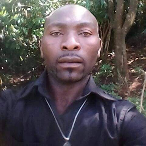 Photo of Kumbo: Soldiers Kill Trader, Abandon Corpse On Road