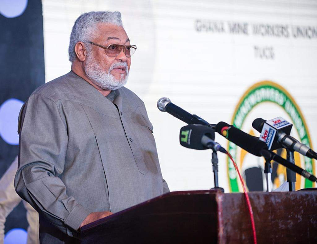 Photo of Former Ghana President, Jerry Rawlings Questions France's Role In Armed Conflict In Southern Cameroons