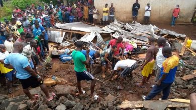 Photo of Collapsed Wall Kills Two, Injures One